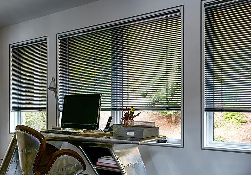Aluminum blinds cordless option in office