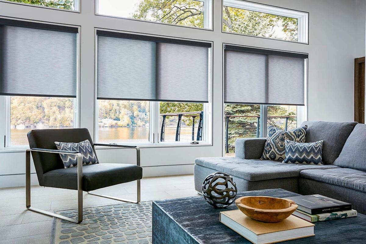 These Modern Fabric Roller Shades Look Sharp In The Chic Family Room