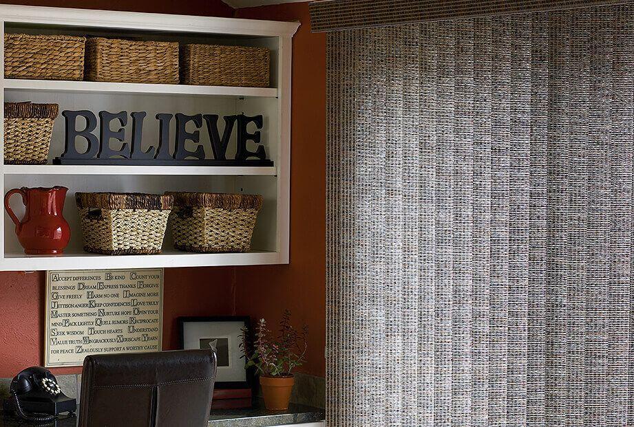 stores verticaux en tissu le march du store. Black Bedroom Furniture Sets. Home Design Ideas