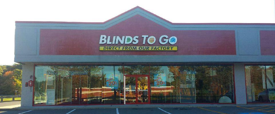Our North Attleboro showroom services the North Attleboro, Lincoln, Cumberland area with the largest selection of custom blinds and shades