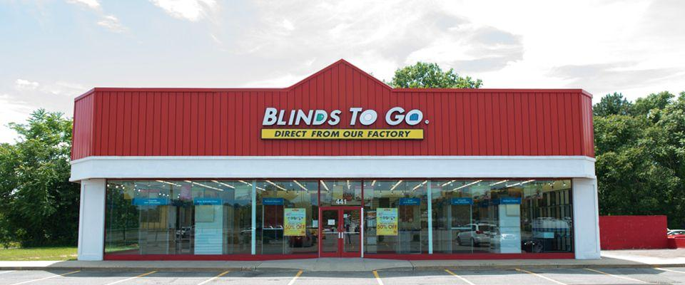 Our Patchogue showroom services the Patchogue, Holbrook, Brookhaven area with the largest selection of custom blinds and shades